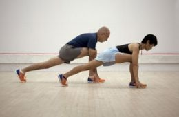 Yoga Runners lunge pose